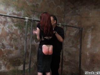 स्तन की गंदी Slaveslut सजा और गंदा कालकोठरी अत्याचार Spanked