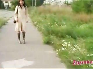 रिमोट नियंत्रित बिल्ली आउटडोर