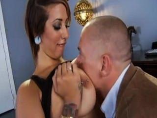 आश्चर्यजनक सेक्सी लैटिना दृश्य लड़की यह गहरी और मैला प्यार करता है!