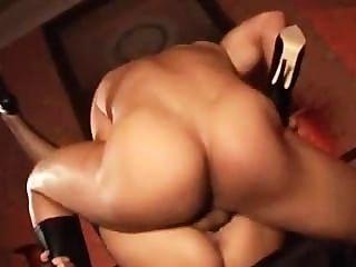 सेक्सी Bitches गुदा प्यार करता है