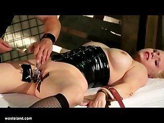 चिकित्सा बीडीएसएम Gyno प्रविष्टि सेक्स और इलेक्ट्रो-खेल