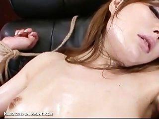 जापानी बंधन सेक्स - अयूमी के चरम बीडीएसएम सजा