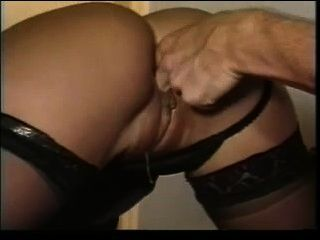 Kitty_yung_dp_in_office