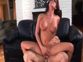 अनुदारपंथी लेन कट्टर सेक्स प्यार करता है
