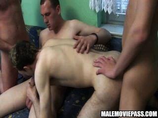 चार सींग का बना शौकिया कुछ समूह सेक्स कर लोभी