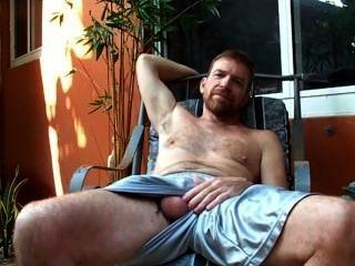 Redbearded पिता Hairyartist - उभाड़ना प्रकट