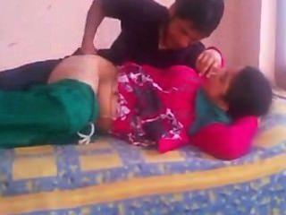सलवार सूट लिफ्ट में भारतीय एमेच्योर भाभी सेक्स और कठिन गड़बड़