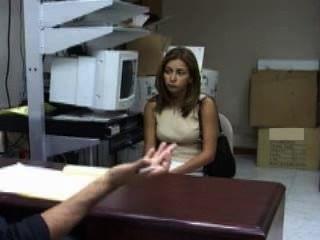वेनेजुएला से मार्गरिटा एक नौकरी की तलाश ... वह उसे ले लिया है?