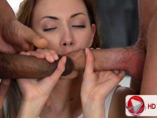 कैमिला वीडियो Hd