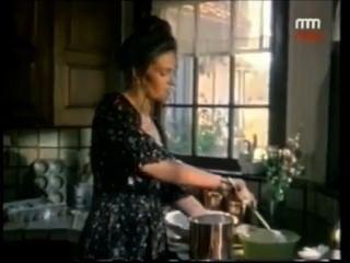 घर में अकेली बड़े स्तन गर्म महिला माँ रसोई पूरी वीडियो में खाना पकाने पर- Hotmoza.com