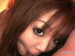 तीन लोगों के एक छोटे से गंदे एशियाई वेश्या धमाके