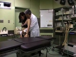 चिकित्सक द्वारा इस्तेमाल किया Businesslady