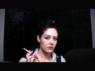 मैरी जेन धूम्रपान बुत